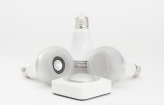 twist combines a smart led lamp with an airplay controlled speaker image 2