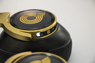 akg n90q preview high end headphones show off grammy award winning quincy jones class image 6