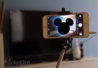 Disney wants you to ditch the selfie stick before visiting its theme parks