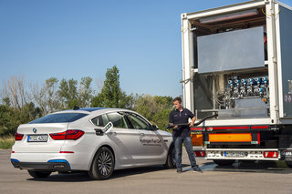 bmw 5 series gt hydrogen fuel cell first drive driving into the future image 8