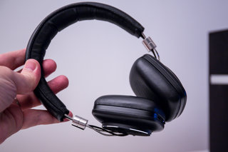 bowers wilkins p5 wireless headphones review image 2
