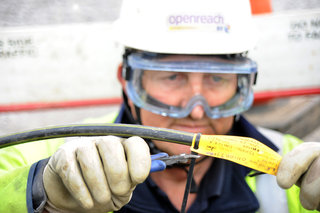 BT hopes to offer 500Mbps broadband to most UK homes, starts trial soon