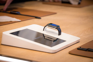 Apple Q3 2015 earnings: iPhone sales still going strong, while Apple Watch sales are hazy