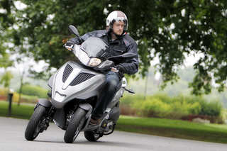 Piaggio MP3 Yourban LT hands-on
