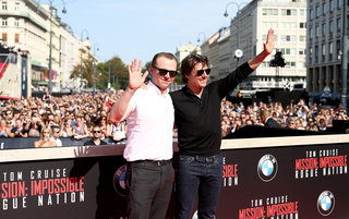 mission impossible how imax built a pop up cinema from scratch for rogue nation premiere image 17