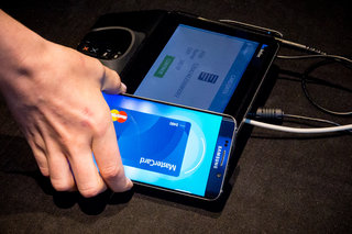 samsung pay use your phone with every payment terminal not just nfc here s how it works image 2