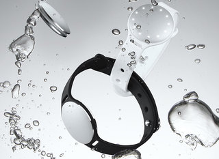 misfit unveils speedo shine the water wearable for swimmers image 2