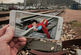 36 incredible iphone photos bringing movies and tv shows into the real world image 1