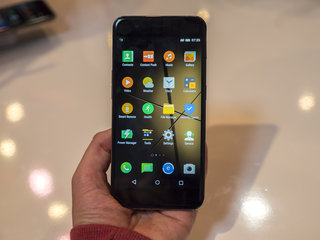 Meet the Gigaset Me Pro: A new high-end smartphone is coming to town