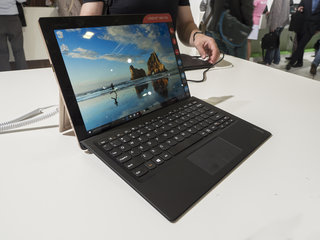 Lenovo IdeaPad Miix 700: Better than the Microsoft Surface Pro?