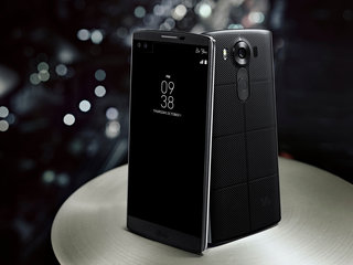 LG's new V10 superphone has two screens, dual front cameras, military grade protection and its own DAC