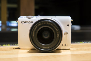 Canon EOS M10 hands-on: Canon's weak mirrorless line-up continues