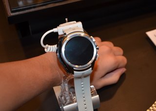 LG Watch Urbane second edition: Massive Android Wear watch with LTE connectivity