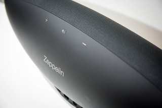 bowers wilkins zeppelin wireless review image 8