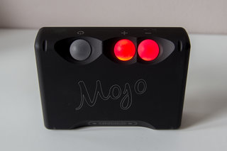 chord mojo the dac that wants to make your smartphone sound better image 2