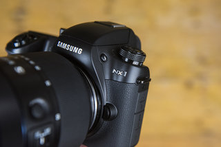 Samsung pulls out of cameras in the UK, cites decline in interest