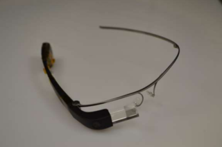 this is what the next version of google glass looks like image 6