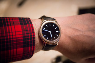 Samsung Gear S2 smartwatches to get iOS compatibility