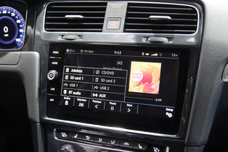 volkswagen e golf touch preview image 6