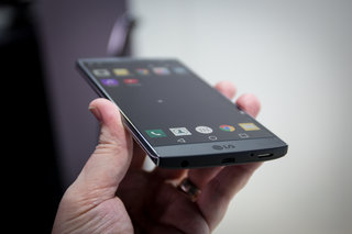 lg v10 smartphone coming to the uk image 3