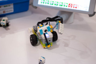 Lego Education WeDo 2.0 brings Lego robots to the classroom