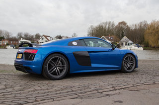 audi r8 v10 plus 2016 review image 3