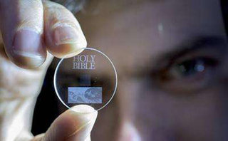 Store 360TB on a coin-sized quartz, for 14 billion years, thanks to 5D lasers