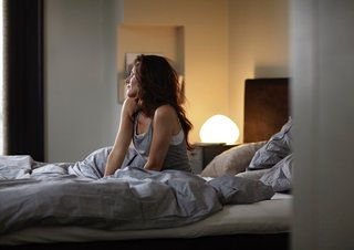 Philips' new Hue light switches to warm temps at night to help you sleep