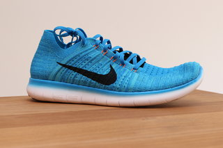 nike free rn motion flyknit sport new tech to deliver a more natural run image 9