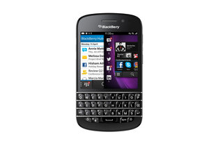 the history of blackberry the 23 best blackberry phones that changed the world image 22