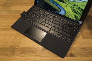 acer switch alpha 12 review image 2