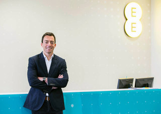 EE brings back customer services to UK and Ireland, better service promised at no extra cost