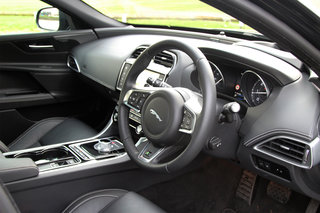 jaguar xe r sport review image 11