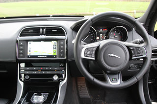 jaguar xe r sport review image 12