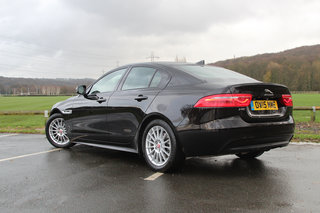 jaguar xe r sport review image 2