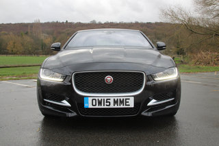 jaguar xe r sport review image 4