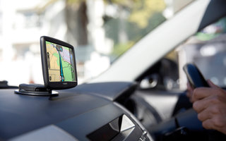 New TomTom Start satnavs go beyond phones, offer average speed camera help