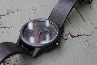 garmin vivomove review image 2