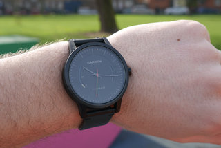 garmin vivomove review image 3