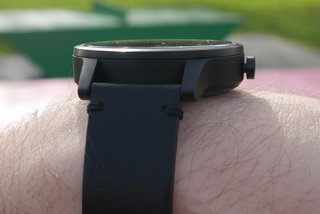 garmin vivomove review image 5