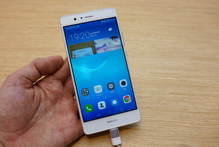 Huawei P9 Lite hands-on preview: Low-calorie diet