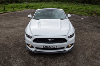 ford mustang gt convertible review image 34