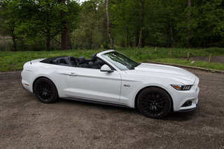 ford mustang gt convertible review image 5