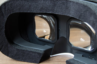 oneplus loop vr headset preview image 12