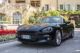 fiat 124 spider review image 3