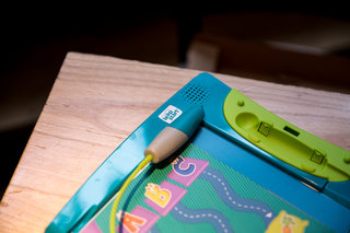LeapFrog LeapStart preview: Embracing tech and phyiscal books for kids