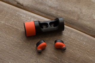 vervelife by motorola ones loop or rider headphones have all your sports covered image 2