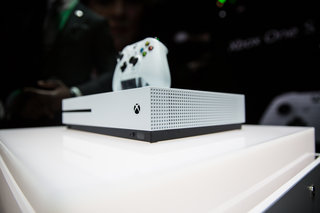 Xbox One Vs Xbox One S : The xbox one and one s side by side comparison youtube
