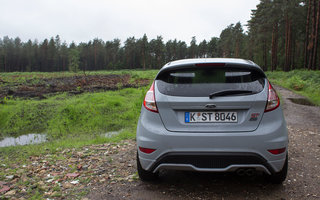 ford fiesta st200 first drive image 5
