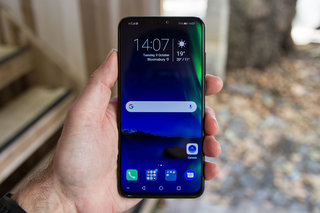 Which Is The Best Mid-range Phone Under £400 image 15